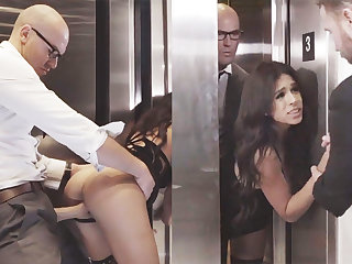 Sneaky GF first and foremost roughly her big-dicked boss in an elevator