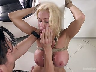 Blindfolded honcho blonde MILF Alexis Fawx deserves some hard mouthfuck