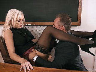 Headmaster enjoys fucking anal hole of smoking hot tutor Kenzie Taylor