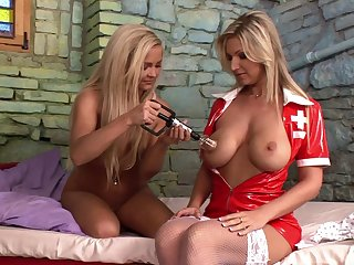 Kinky lesbian sexual connection between wrapper Carol plus nurse Jenna Lovely