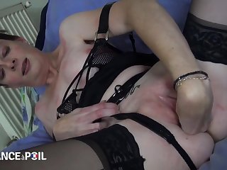 Older French slut fucks young inky berate
